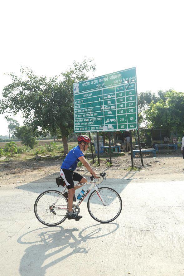 This Man Is Cycling From Leh To Kanyakumari As A 60th Birthday Gift To