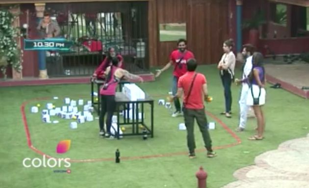 Antics At Bigg Boss Reaches An All Time Low, Swami Om Throws Urine At