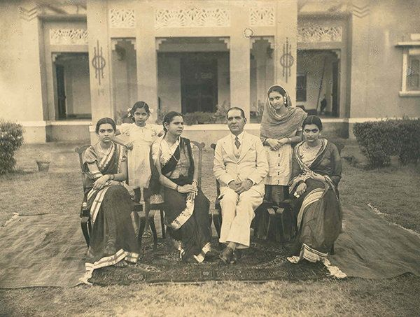 My grandparents, mother and aunts in their Ramnagar house