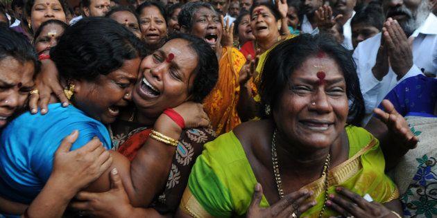 Jayalalithaa's Death: TN Announces A 3-Day Holiday For All Educational