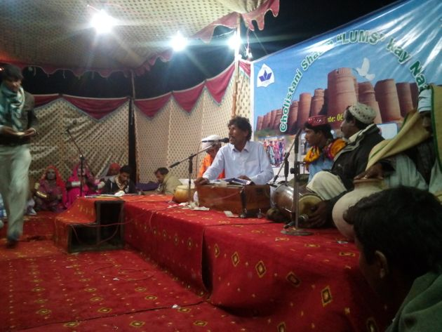 Capturing Ashiq Hussain, The Quawwal Of The Cholistan Desert