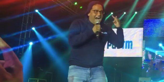 Watch Paytm Founder Vijay Shekhar Sharma Go Ballistic, Just Like His Company's Marketshare, In This