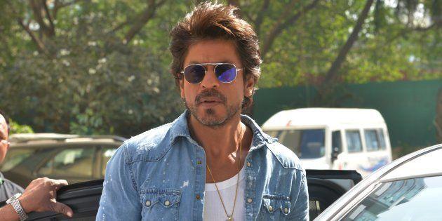 'Raees' Ban: VHP, Gujarat Shiv Sena Seek Ban On Shah Rukh Khan's Latest