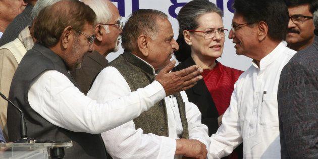 Congress President Sonia Gandhi, Samajwadi party leader Mulayam Singh Yadav, Ajit Singh and other leaders...