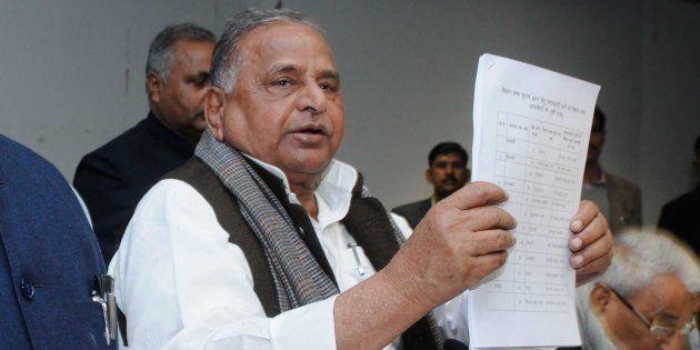 Mulayam Yadav Calls Urgent Meeting To Avoid Split In Samajwadi