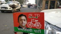 LIVE: Loud Protests Break Out Outside Akhilesh Yadav's Residence Following His