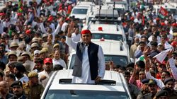 SP Supporters Overwhelmingly Back Akhilesh, Spilt Likely To Benefit The BJP: Huffpost-CVoter