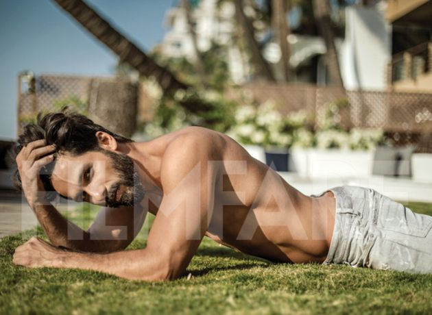 Just 5 Pictures Of Shahid Kapoor That'll Make Your Tuesday Infinitely