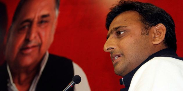 After Clinching The 'Cycle' Symbol, Akhilesh Yadav Goes To Seek His Father's