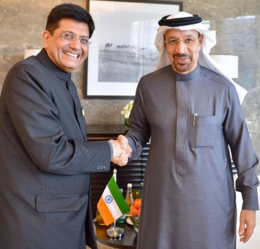 Spot What's Odd In This Photo Of Coal Min Piyush Goyal Meeting His Saudi