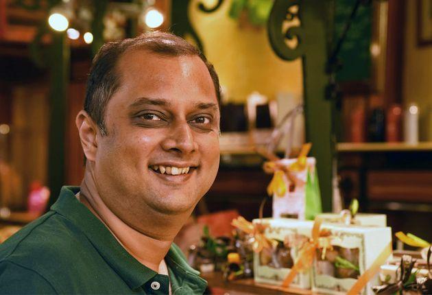 Kalyan Karmakar Blogger and Author,