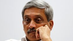 EC Asks Manohar Parrikar To Exaplain His 'Take Bribe To Attend Rallies But Vote BJP'