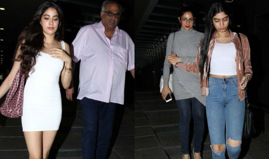 Jahanvi and Khushi Kapoor with their father Boney Kapoor and mother Sridevi.