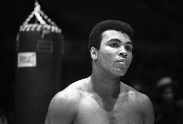 Heavyweight boxer Muhammad Ali trains for his fight against Oscar Bonavena on December 7,