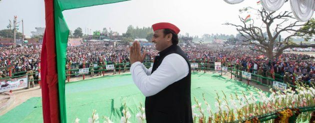 EXCLUSIVE: Akhilesh Yadav And The Art Of Helicoptering To 7 Rallies In 7