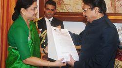 Sasikala Stakes Claim To Form Government In Meet With Governor Vidyasagar