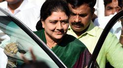 Sasikala Drives Down To Chennai Resort To Meet Party