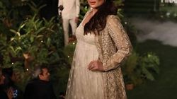At The Lakme Fashion Week, Kareena Kapoor Shows That Motherhood And Career Are Not Mutually