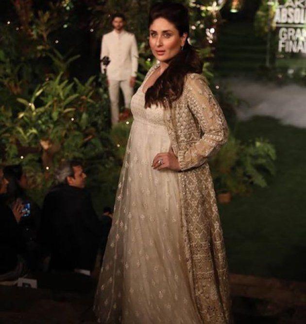 At The Lakme Fashion Week, Kareena Kapoor Shows That Motherhood And Career Are Not Mutually