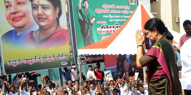 HuffPost Explains: The Disproportionate Assets Case Between Sasikala And The Chief Minister's