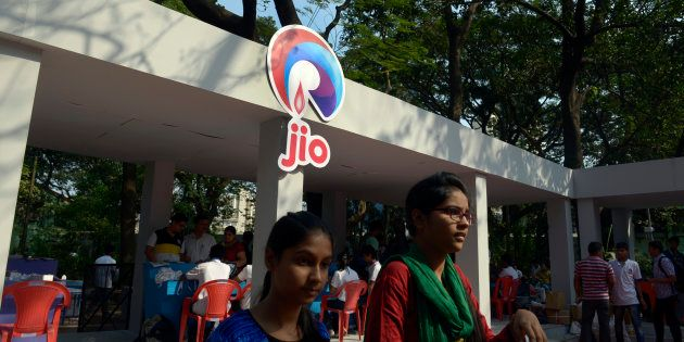 This Bug Will Let You Snag A Reliance Jio 4G