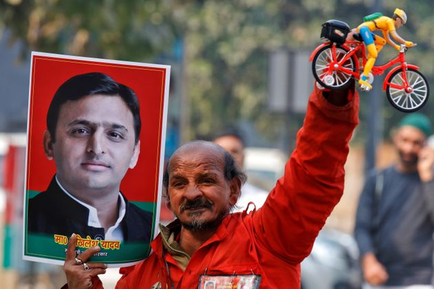 The Unpopularity Of SP's MLAs Is Too Huge For Akhilesh Yadav To