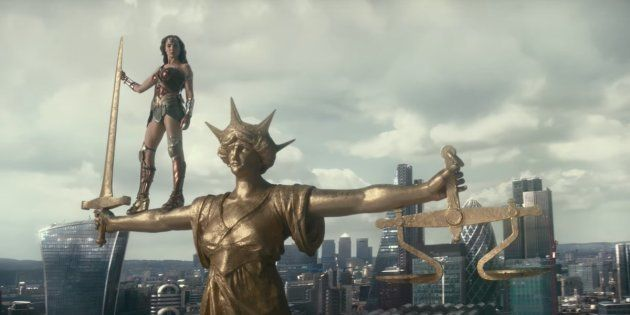 Superman's Not Entirely Dead In The Latest 'Justice League'