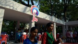 Reliance Jio Starts Open Sale Of SIM Cards With 90 Days Of Free