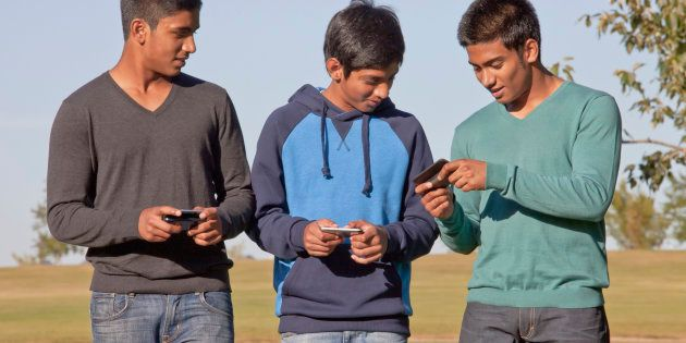 How To Port Your Mobile Number To A Different Telecom