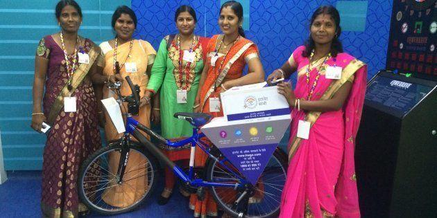 (From left to right) Internet Saathis P Bujji, Kiran Devi, Sunita, Seema Devi Prajapat and Indumati
