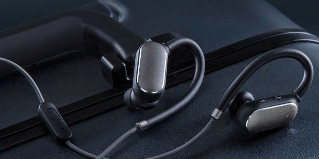 Xiaomi's New Sports Bluetooth Headphones Are Aimed At Fitness