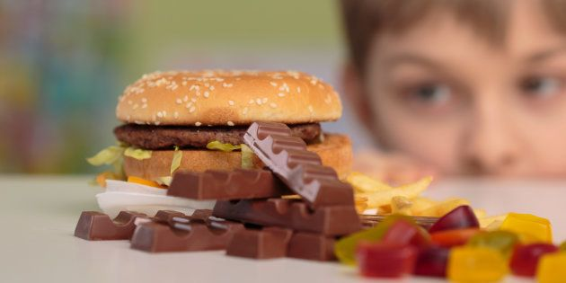 Now, FSSAI Wants To Ban Ads That Feature Junk Food, Sugary Drinks During Kids' TV