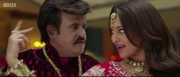 Rajinikanth and Sonakshi Sinha in Lingaa.