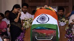 Panneerselvam Camp Parades Replica Of Jayalalithaa's Coffin At Campaign For RK Nagar