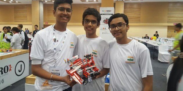 These Indian Teenagers Won An International Prize For Making A Robot To Solve India's Waste