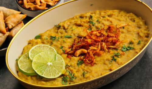 Here's Where You Can Score Some Mouthwatering Haleem In Kolkata During