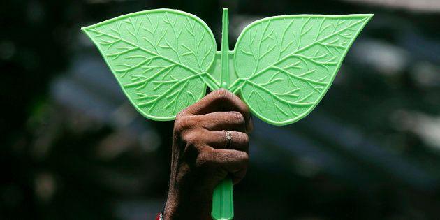 Sasikala's Nephew TTV Dinakaran Ousted From AIADMK, Says Tamil Nadu Finance