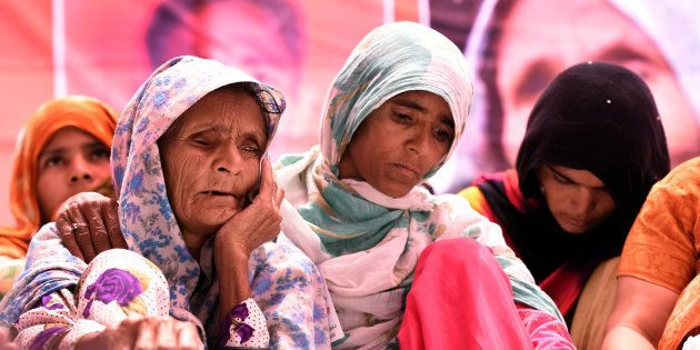 Anguri Begum, mother of Pehlu Khan, sitting on Dharna demanding justice for Alwar victim, at Jantar Mantar...