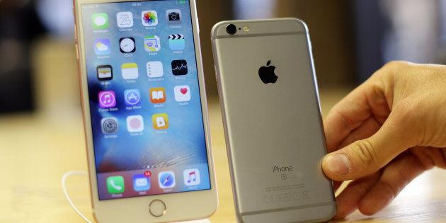Apple Execs To Meet Government Officials In Delhi Next Week To Discuss iPhone
