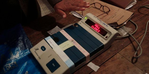 Can't Vilify EVMs By Hacking Look-Alike Machines, EC Slams AAP's EVM-Tampering