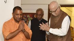 Yogi Adityanath Greets Advani With Flowers Before Framing Of Charges In Babri Demolition