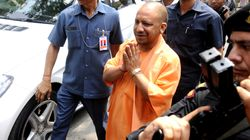 Yogi Adityanath Offers Prayers At Makeshift Temple In Ayodhya A Day After Framing Of Charges In Babri