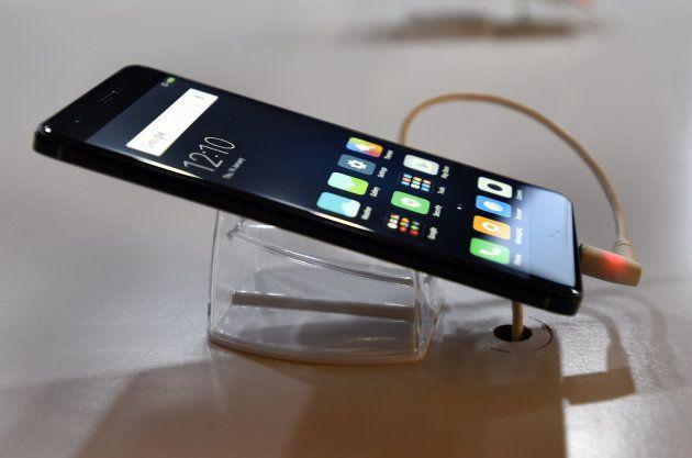 Moto G5 Plus v Moto G4 Plus v Xiaomi Redmi Note 4: The Spec