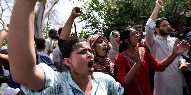 Left, JNU Students Protest Against Mandsaur Firing Near Delhi's MP