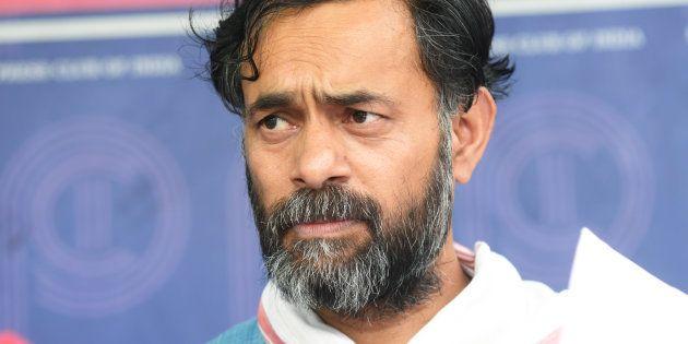 Medha Patkar And Yogendra Yadav Arrested Outside Mandsaur, Later