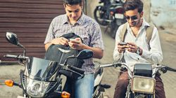 Indians Still Prefer To Buy Their Smartphones From Brick And Mortar