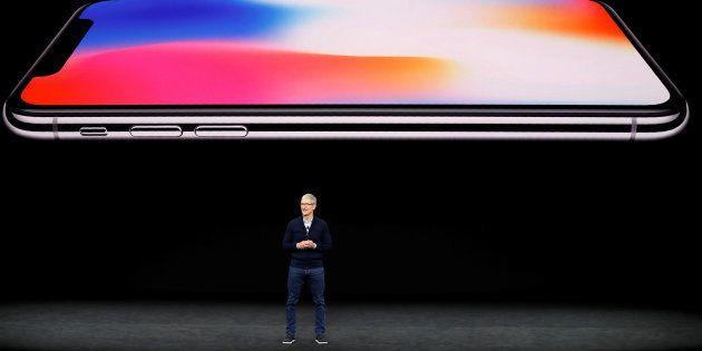 Apple Makes A $999 Gamble On Its Aspirational