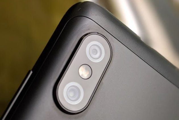 The rear dual-camera setup on the Redmi Note 6