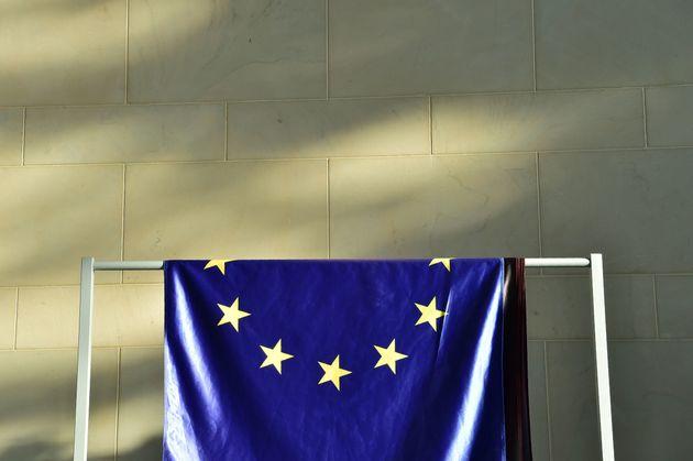 Η Ε.Ε ντύθηκε με κίτρινο γιλέκο: Να κάνουμε τη Γερμανία
