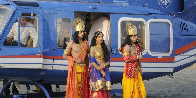 Uttar Pradesh CM Yogi Adityanath welcomes Artistes dressed up as Lord Rama, Sita and Lakshman who arrived...